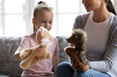 Работая на удалёнке — пора подумать о няне для ребёнка